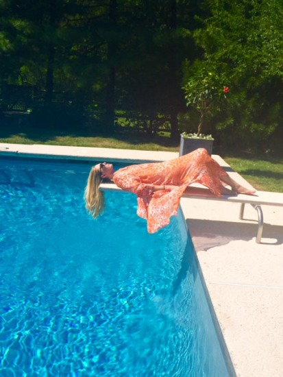 caftan on pool