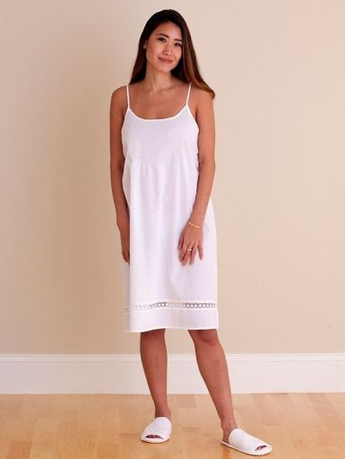 Hannah nightgown.jpg